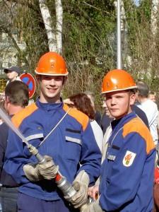 Schauübung der Jugendfeuerwehren in Pleidelsheim
